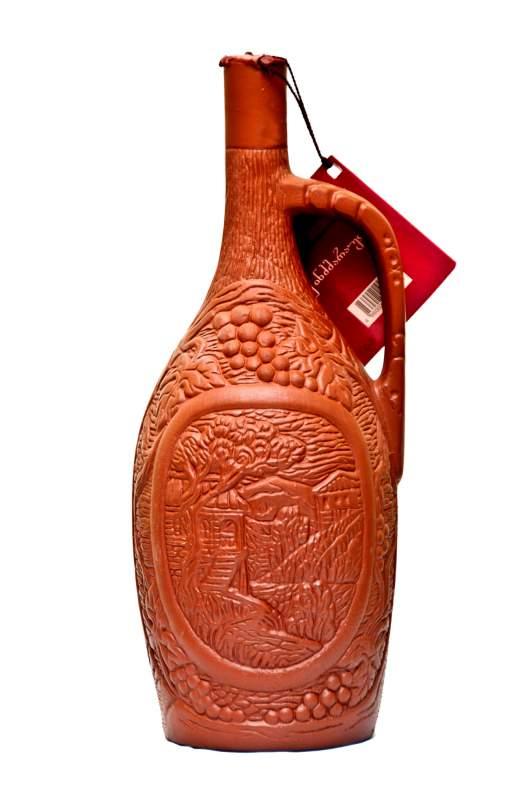 Dessigned ceramic special bottles with Kindzmarauli