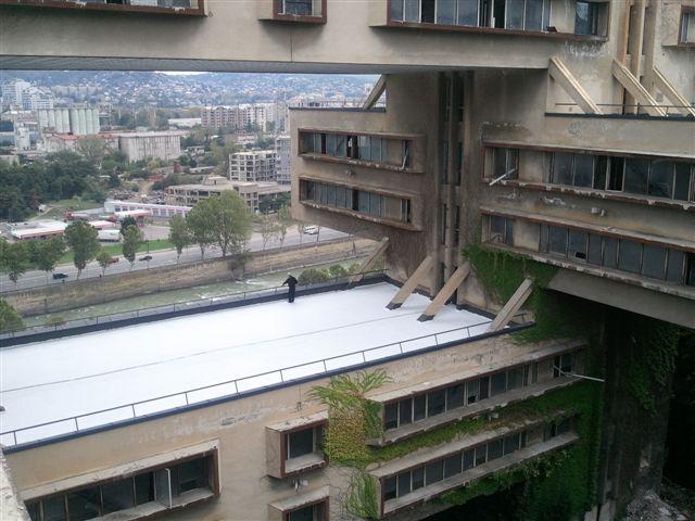 Buy Гибридное гидроизоляционное покрытие (УФ-отверждаемое) для крыш с высокой способностью отражения солнечного излучения, высокой излучательной способностью и теплоизоляционными свойствами