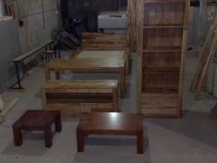 Furniture for leaving room