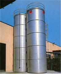 Silos to storage the flour