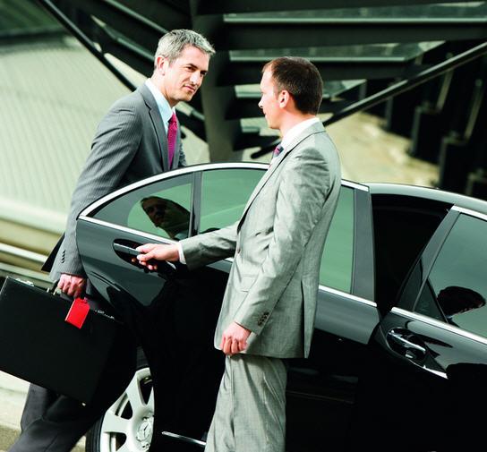 купить или работа офисным персональным водителем на союственном авто для бездомных