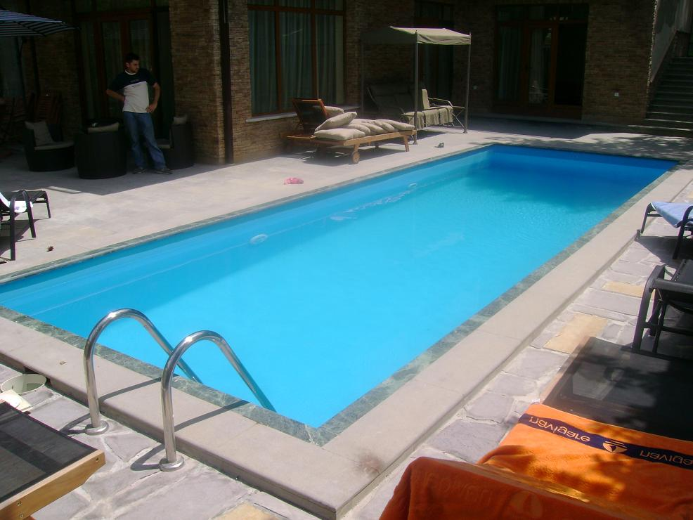 Order Installation of swimming pools