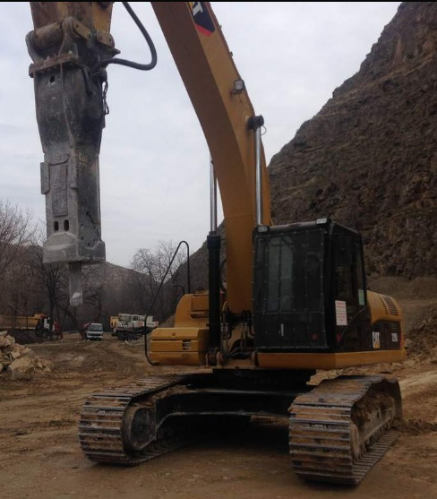 rent_of_earthmoving_machinery